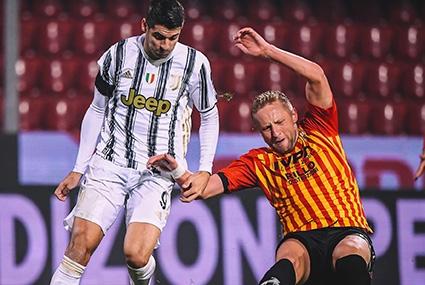 Kamil Glik podczas meczu z Juventusem