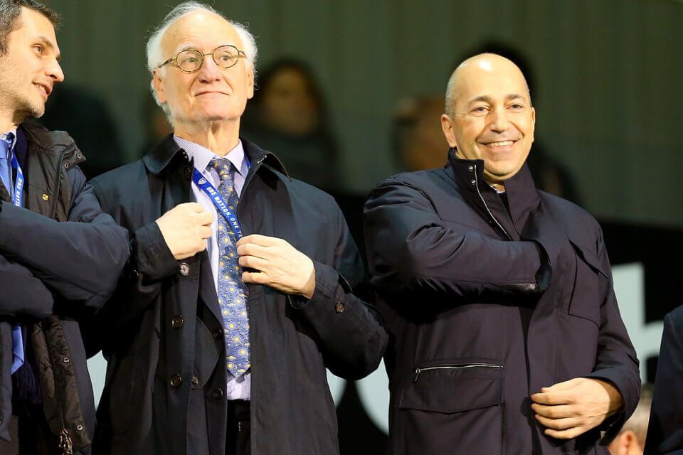 Ivan Gazidis (z prawej)